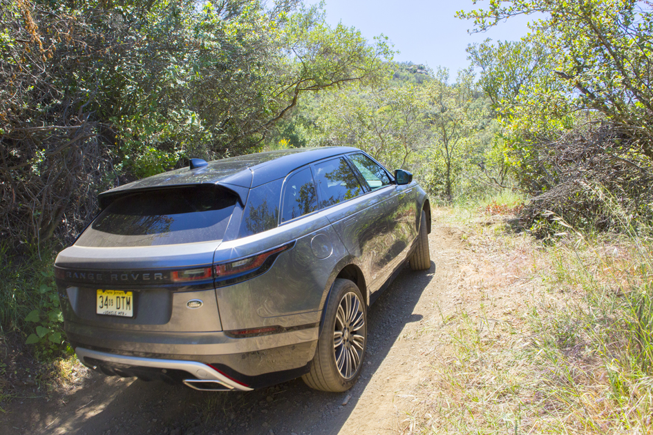 land rover velar offroad rear