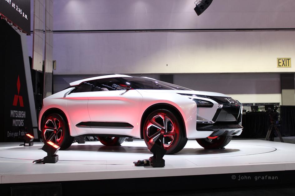 LA Auto Show Mitsubishi e-