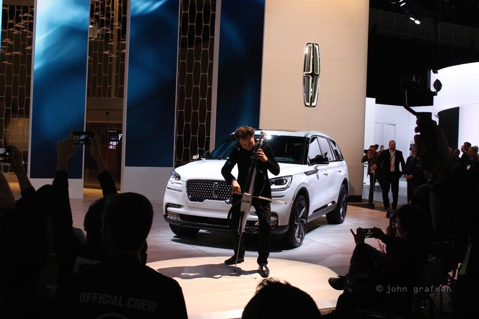 Lincoln Aviator LA Auto Show